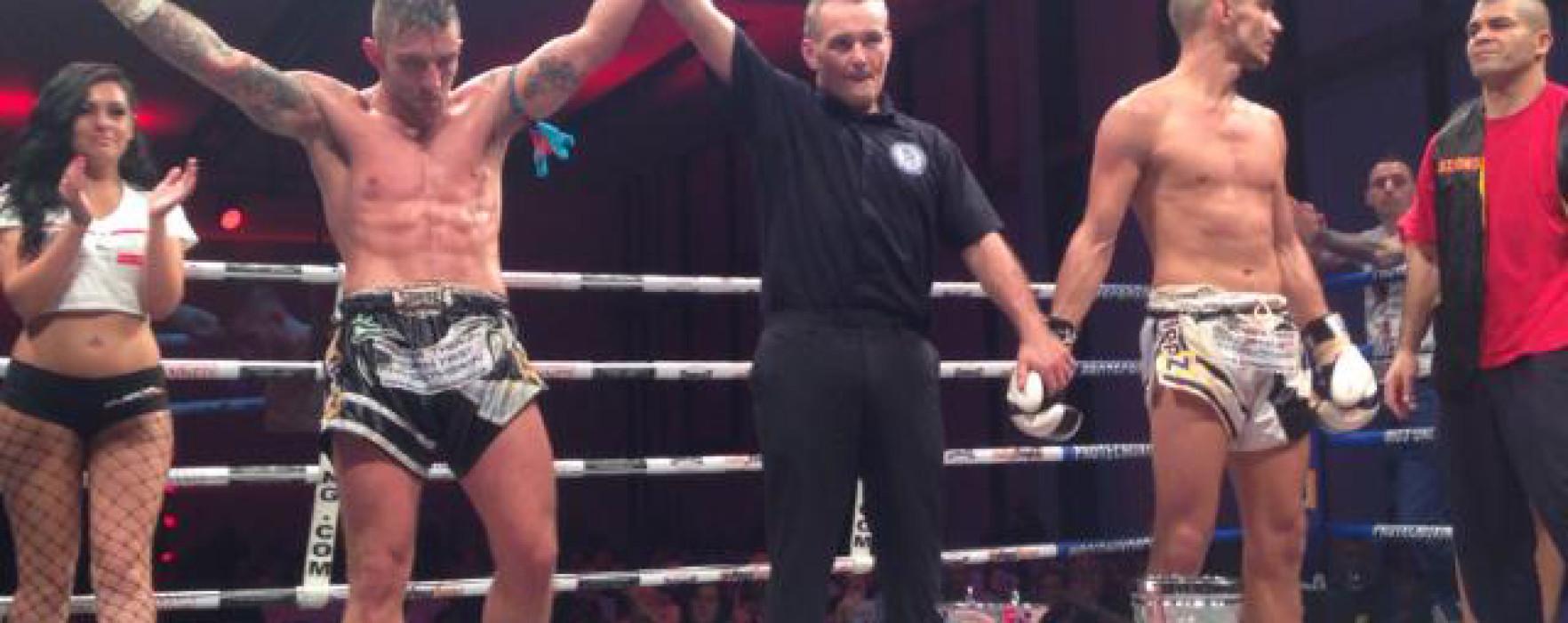 Video: Liam Harrison defeats Dylan Salvador – UK 2/11/13