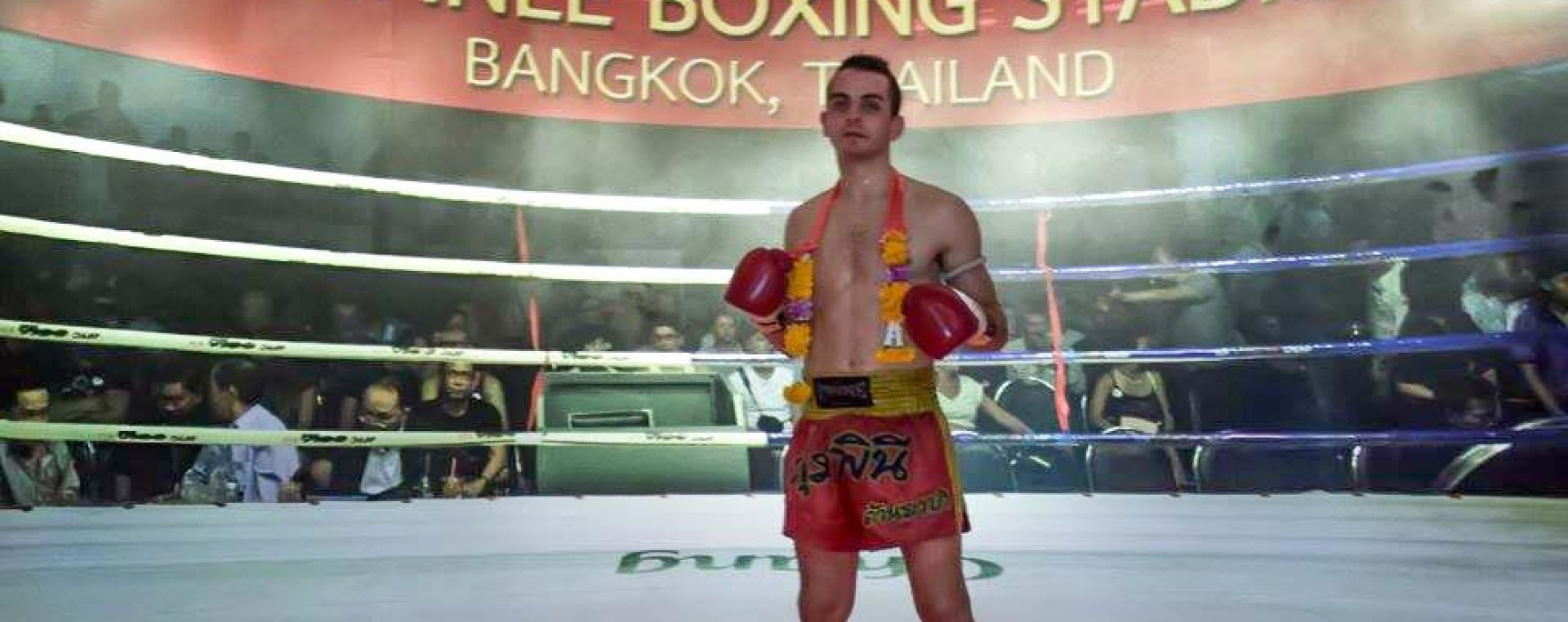 Gery Muay Farang wins at the New Lumpinee Stadium