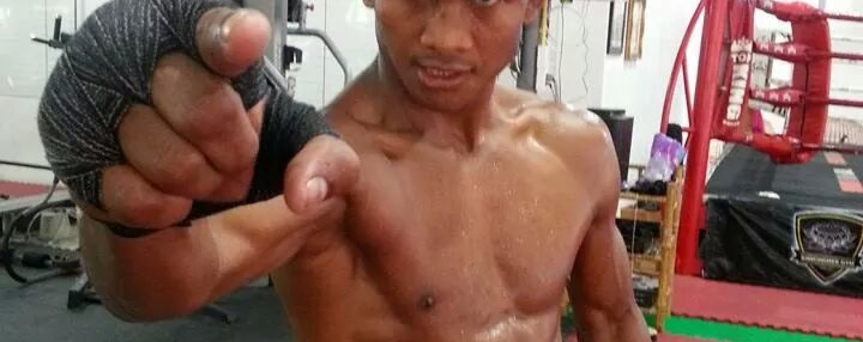 Buakaw always on the front line