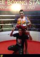 Sitthichai sitsongpeenong thailand pat 147lbs champion lumpinee stadium bangkok