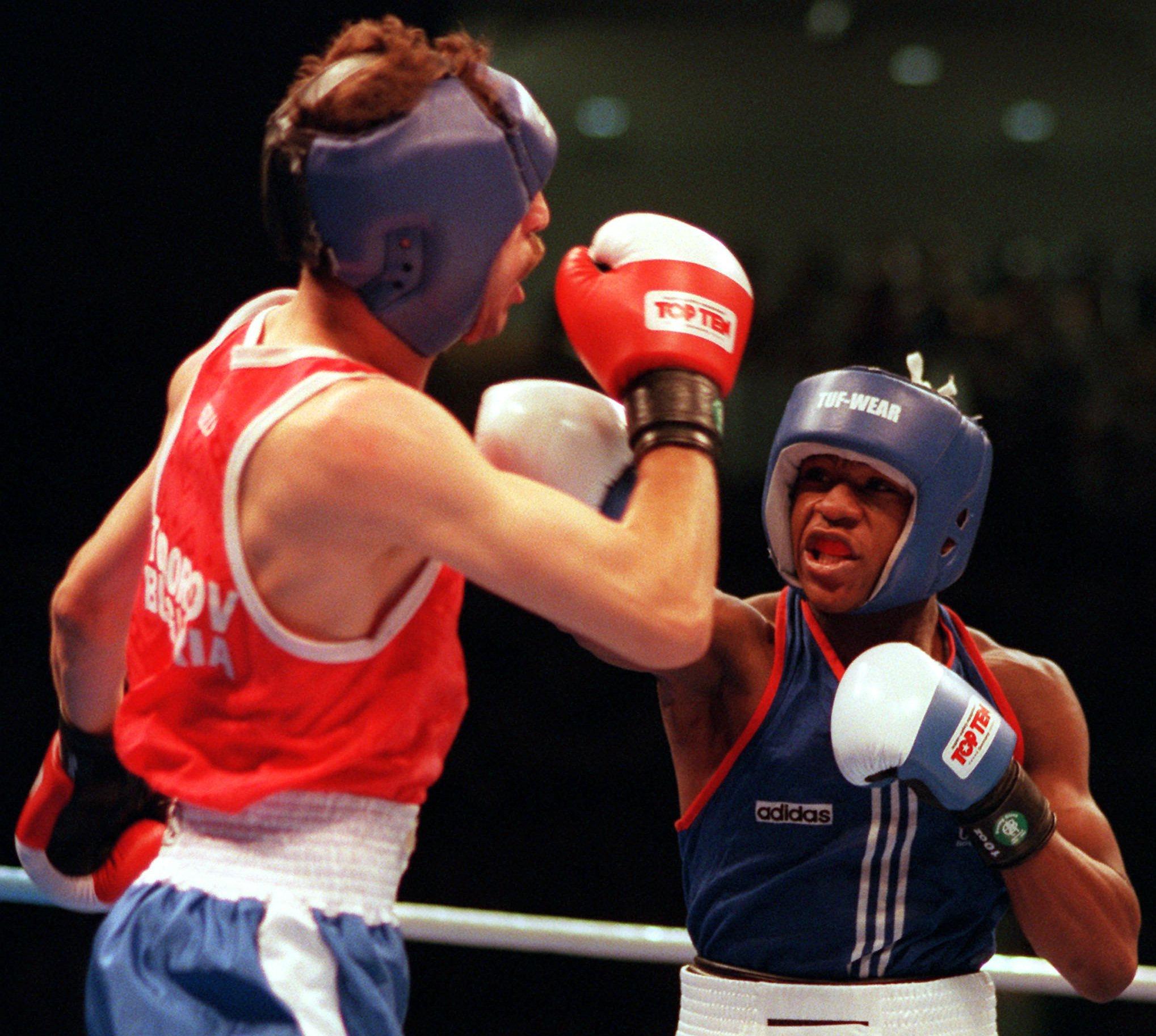 Serafim Todorov Beats Floyd Mayweather Boxing