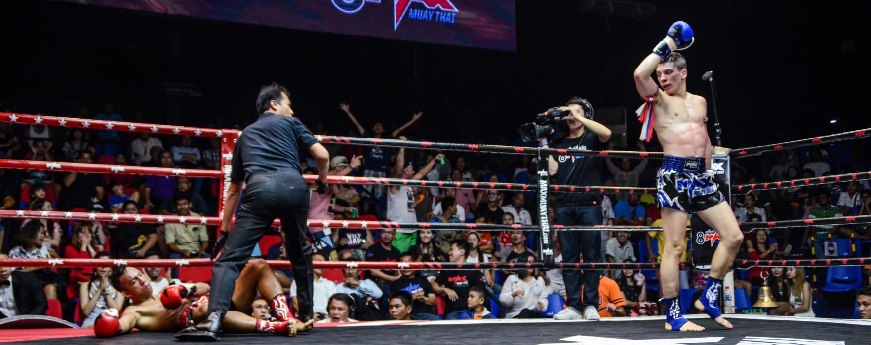 HL of Max Muay Thai tournament KO by Mathias Muay Farang