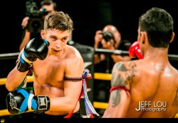 mathias-wins-xmt-2015-trophy-macau-the-venetian-xtreme-muay-thai----(3)
