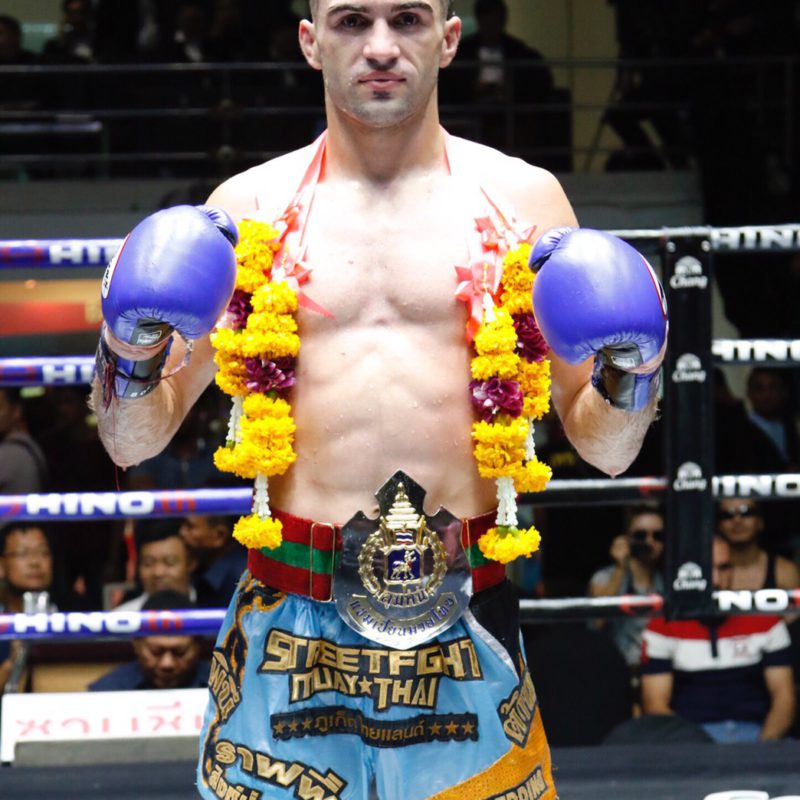Another farang wins Lumpinee belt: the triumph of Rafi Bohic