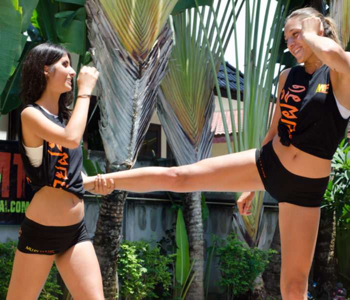 (English) Factors Attracting Farangs to Muay Thai