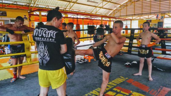 Female trainer thailand muay thai