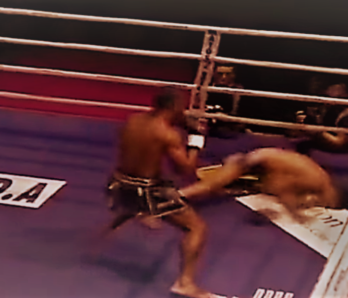 (English) Video: Allazov down , gets the split decision WIN against Manhoef
